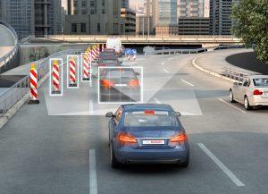 Baustellen, stockender Verkehr und Verkehrszeichen – die neue Stereo-Videokamera von Bosch liefert den Assistenzfunktionen alle erforderlichen Daten. Foto: Bosch