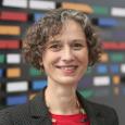 Andrea Martin - Autorin des Artikels über die Blockchain-Technologie.