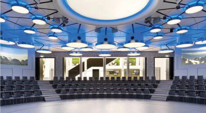 Mit dem Allianz Auditorium (oben) und dem Café Reitschule hält die DIGICON in 2017 zwei exklusive Locations für Ihre Besucher bereit