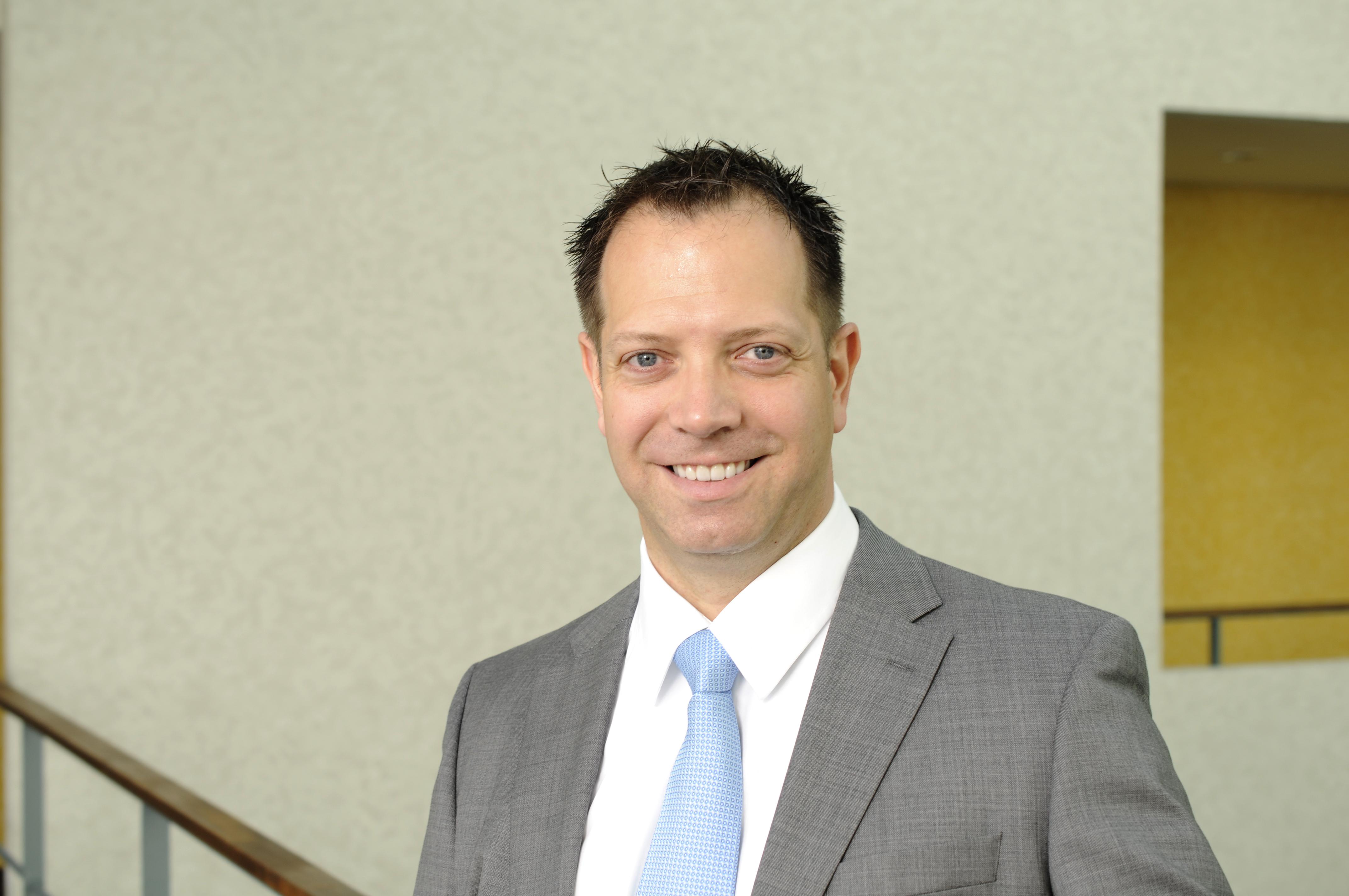 Jörg Schneider-Simon, Autor des Artikels über E-Government