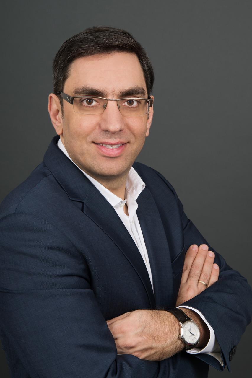 Minas Botzoglou, Autor des Artikels zur gesetzeskonformen Maskierung personenbezogener Daten.