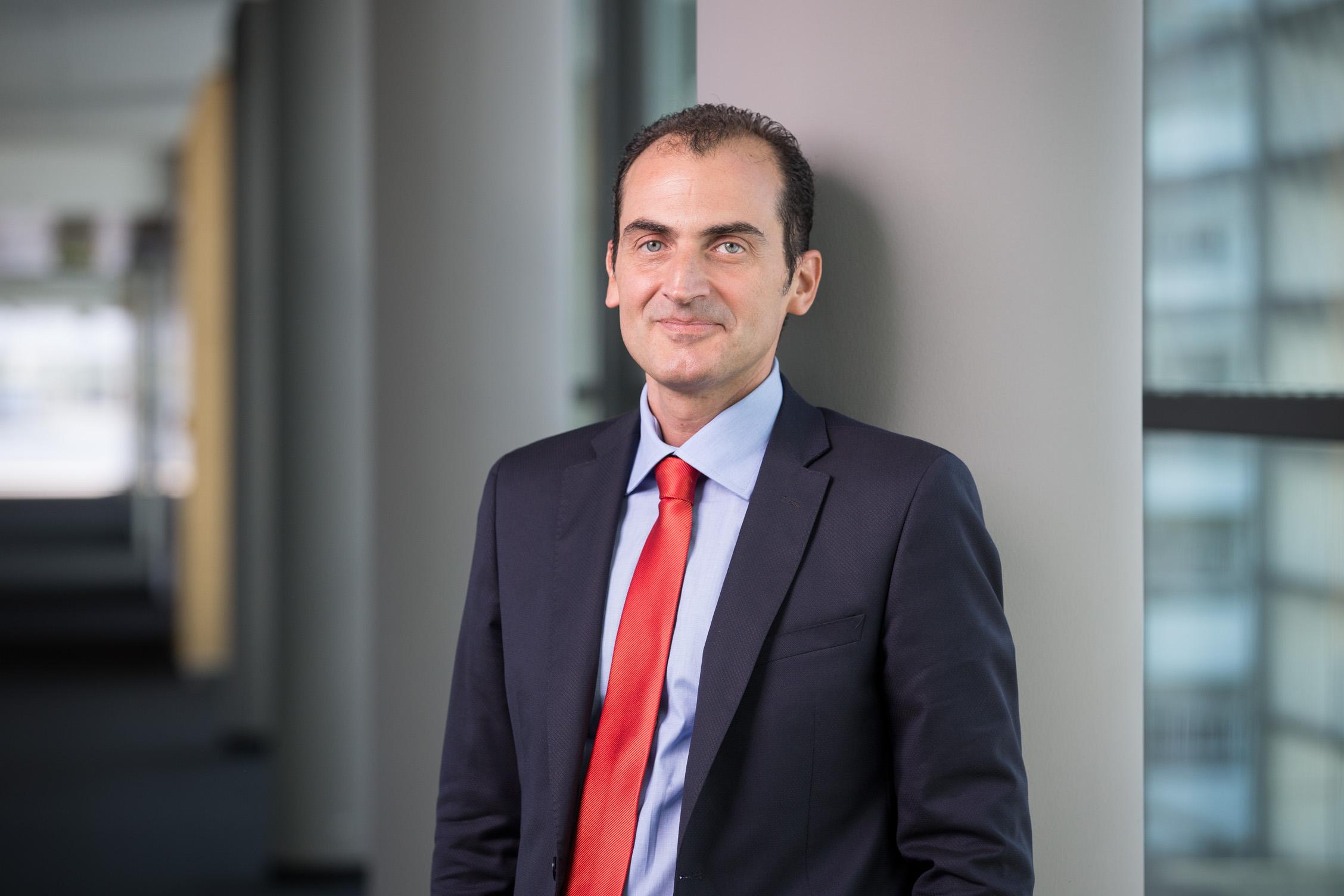 Vincenzo Reina, Autor des Artikels über Generali und IoT.